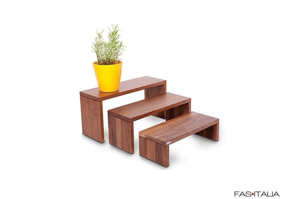 Set tre alzate in legno noce per esposizione   Fas Italia